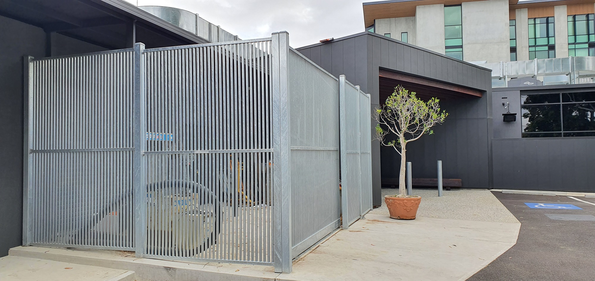 Commercial Fencing Adelaide Fence Centre Hotel Storage Closure Fencing 2