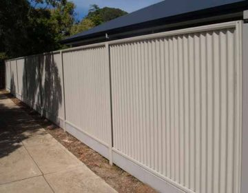 Corrugated Panel Fence with Under Fence Plinth