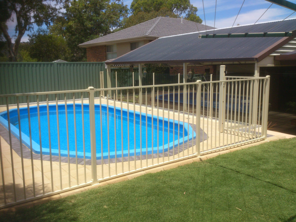 Tubular Residential Pool Fencing