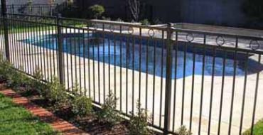 Fencing service pool fence