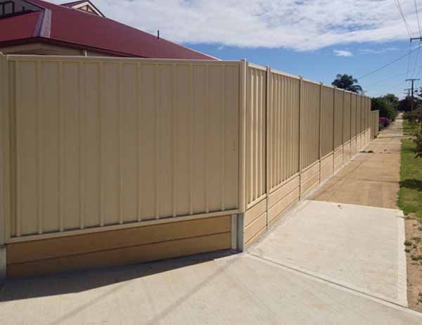 Retaining walls and concrete sleepers adelaide fence centre for Retaining walls adelaide
