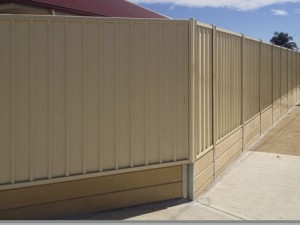 Fencing contractors in adelaide adelaide fence centre for Retaining wall contractors adelaide